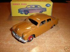 Dinky  #170 Ford Fordor Sedan