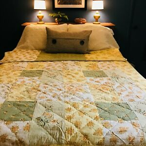 VTG APRIL CORNELL QUILTED REVERSIBLE BEDSPREAD QUILT YELLOW GREEN FLORAL TWIN