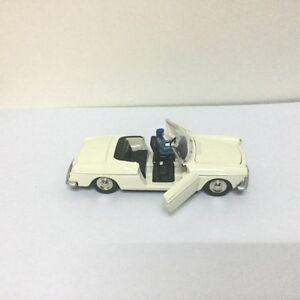 Atlas DINKY TOYS 528 cabriolet 404 Peugeot pininfarina diecast car model
