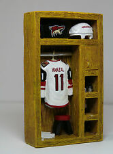 "NHL Hockey Arizona Coyotes Mini Locker Martin Hanzal Veequiva Hotel Casino 5""x3"