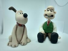 Wallace and gromit cake topper Handmade edible Birthday party theme unofficial