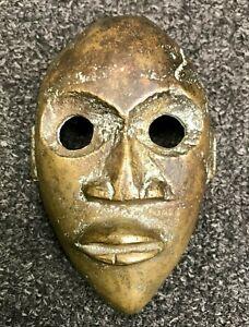 Beautiful Mask Tribale African Bronze Sculpture Statue