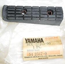 NOS OEM YAMAHA FOOTREST COVER FZ600 FZ750 RZ350 SRX600 6X-27413-00