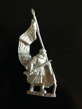 Warhammer Lord of The Rings LOTR - Rohan Banner Bearer Foot Pose 2 Metal OOP