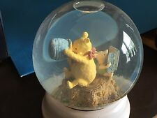 Classic Disney Winnie the Pooh & Piglet Glass Snow Globe - Honey Pot - Charpente