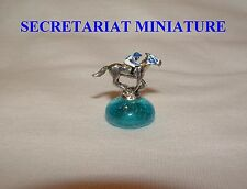 NEW SECRETARIAT MINIATURE FIGURINE HAND PAINTED HORSE RACING JOCKEY SILKS
