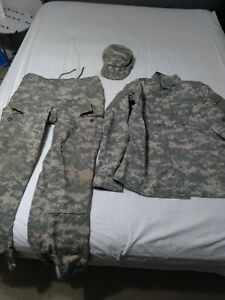 Army acu uniform set!