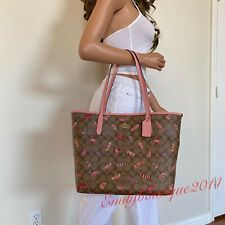 Coach City Tote in Signature Canvas With Candy Print C2534