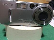 Sony DSC -P9