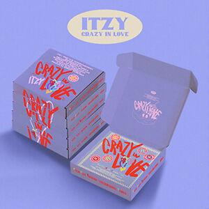 ITZY CRAZY IN LOVE 1st Album CD+Photo Book+2Card+2Polaroid+Sticker+PreOrder+GIFT