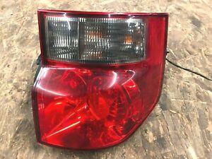 2005 honda element tail light ( passenger ) 2003-2008