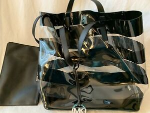 MICHAEL KORS CLEAR PLASTIC  TOTE/BEACH BAG   WITH ZIP BAG ATTACHED BLACK TRIM