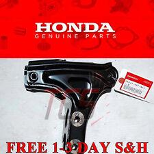 Genuine OEM Honda Civic Si B16 Engine Motor Mount T Bracket