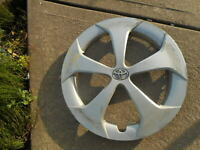 "1 Used Toyota Prius Hubcap Wheel Cover Hub cap 2012 2013 2014 15"" 42602-47060"