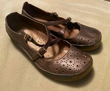 Women's Clarks Active Air Mary Jane Style Shoes Size 5  Brown Leather Good Cond