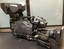 SONY DXC D30WS. Camera w/Fujinon digi power A15x8BVEM-G28 1:1 7/8-120mm + DXF 51