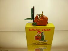 DINKY TOYS 401 FORK LIFT TRUCK COVENTRY CLIMAX - ORANGE - GOOD CONDITION IN BOX