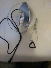 Livestock Barn Heat Lamp