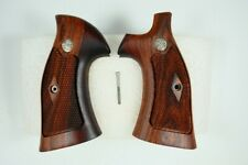 S&W GRIPS K and L FRAME,HARDWOOD,FIT FOR  ROUND BUTT ONLY,SMITH&WESSON