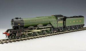 Vintage Kit Built Metal Bodied - 0 Gauge 4-6-2 LNER Green Locomotive & Tender