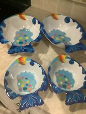 Bowls. Colorful Fish. 2 Large. 2 Small Plastic. Excellent Condition