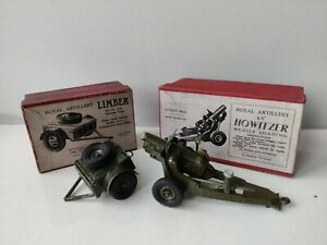 W Britain - Royal Artillery 4½ins Howitzer & Limber - no.1725 & 1726 - boxed