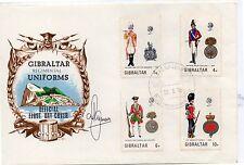 Gibraltar Uniformes Militares sobre primer día año 1975 (DE-444)