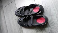 ladies sketchers beach sandals size 7