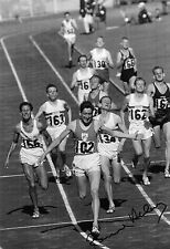 Ron Delany cruces meta oro 1500 M Melbourne 1956 signed 12x8 Photo