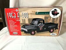 Gearbox 1953 FORD F-100 Delivery Truck Texaco Fire Chief 1:18 - Limited Ed. Rare