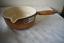 VINTAGE LE CREUSET No20 2 TONE BROWN CAST IRON MILK SAUCEPAN WOODEN HANDLE 2.5PI