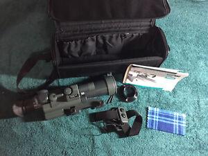 Yukon NVRS 2.5 Titanium Hunting Optic Night Vision 2.5x Rifle Scope 219yd. 42 mm