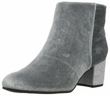 Circus by Sam Edelman Women's Vikki Chelsea Boot, Stone Blue, 8 Medium US