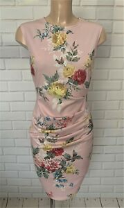 BEAUTIFUL PINK FLORAL RUCH FEATURE FIGURE HUGGING DRESS SIZE 10-18