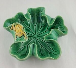 Vintage Green Majolica Lily Pad Frog Bowl Ashtray