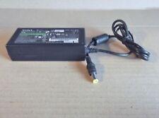 Original Sony 16 V - 4 A Cargador Adaptador de CA, Modelo VGP-AC16V8 CH1