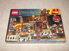 LEGO The Lord of the Rings 9476 Orc Forge! 363 pcs Brand new and Sealed!