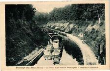 CPA Demange aux Eaux-Le Toueur et sa rame de bateaux pour la traversée (232246)