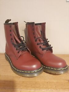 Ladies Dr martens 1460 leather Ankle Boots Cherry Red Size 7 New