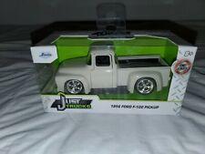 New ListingJada Just Trucks 1956 Ford F-100 Pickup Truck 1:32 Diecast