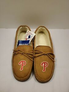 Philadelphia Phillies Forever Collectibles MLB Men's Moccasin Slippers Sz. M Tan