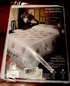 """Tobin Stamped Drifting Daisy Cross Stitch Quilt Top Double 90"""" x 103"""" #1607"""