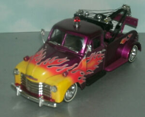 1/24 Scale 1953 Chevy 3100 Tow Truck Wrecker Diecast Model - Jada 50101-6 Purple