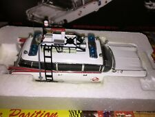 W1194 ELITE 1:43 GHOSTBUSTERS  ECTO 1 NEW VERY RARE FREE SHIPPING WORLDWIDE