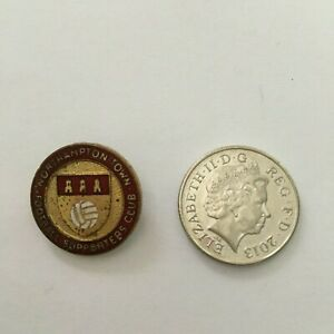 VERY OLD NORTHAMPTON TOWN SUPPORTERS CLUB FOOTBALL ENAMEL/PIN BADGE