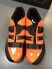 DMT R2 Orange-Black Shoes
