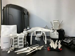 DJI Phantom 3 Advanced Drone with DJI Carry Case Rucksack