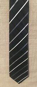 "DONALD J TRUMP Signature Collection 100% Silk Tie w/ Gold Bar - 3 3/8""W x 60""L"