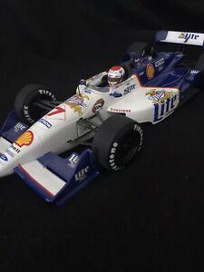 UT Models 1:18 MILLER LITE #7 Reynard Ford 1998 Team Rahal, Driver Bobby Rahal