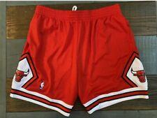 Mitchell & Ness NBA Swingman Chicago Bulls 97-98 Red Road Shorts XXL 2XL Jordan